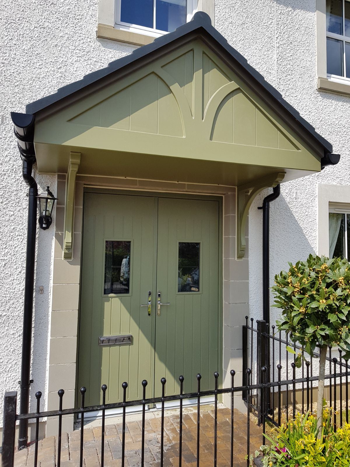 Residential - House in Thorntonhall - Colour Change from White to Lichen